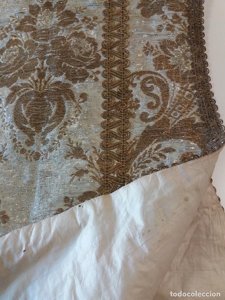 Antigüedades: Casulla brocado plata - Foto 3 - 169658068