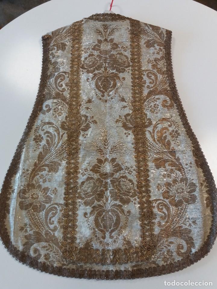 Antigüedades: Casulla brocado plata - Foto 4 - 169658068