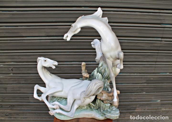 Antigüedades: COMPOSICIÓN DE CABALLOS LLADRÓ 1976 - Foto 11 - 169722752