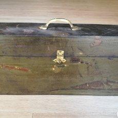 Antigüedades: CAJA PARA CONSULTORIO ENOLOGICO CEPS REUS. Lote 169723505