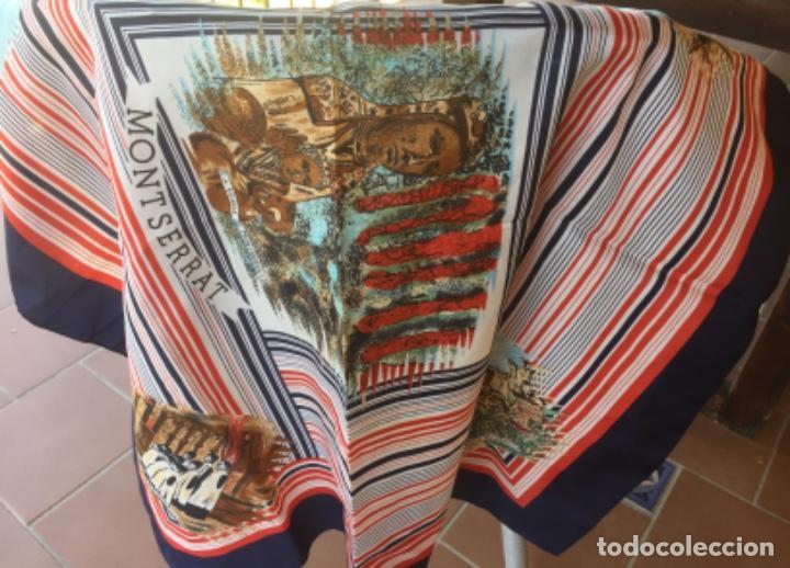 Antigüedades: Pañuelo Verge Virgen de Montserrat diferentes imágenes años cincuenta. 68x69cm - Foto 8 - 169730064