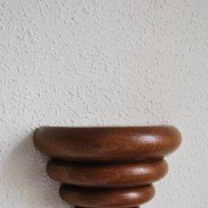 Antigüedades: MÉNSULA DE MADERA TALLADA - REPISA - BALDA - AÑOS 20-30 - ART DÉCO. Lote 169738780