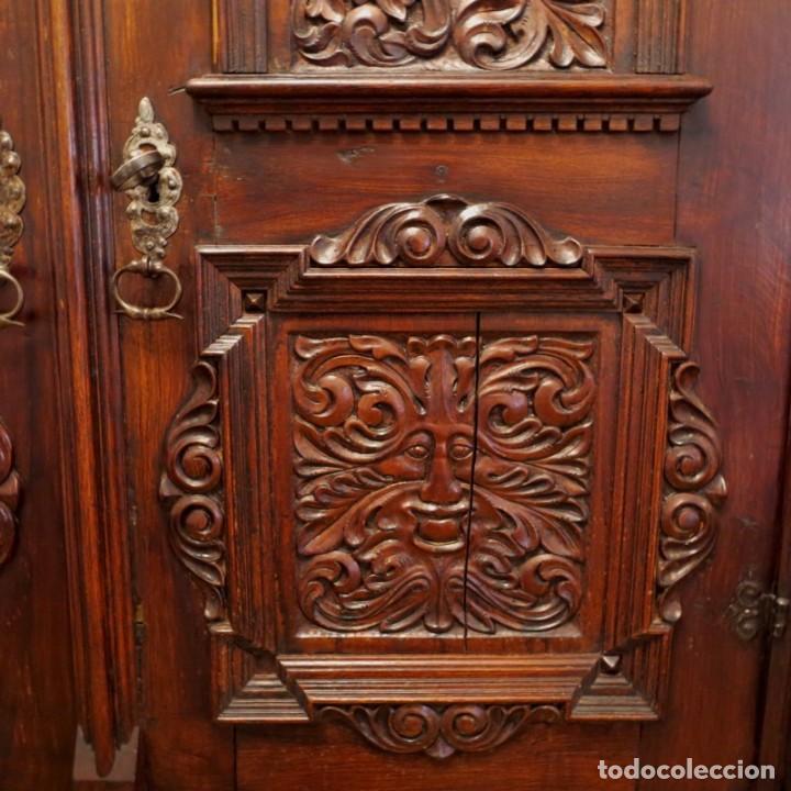 Antigüedades: Antiguo Armario Barroco Tallado. 1750 - 1780 - Foto 15 - 169752576