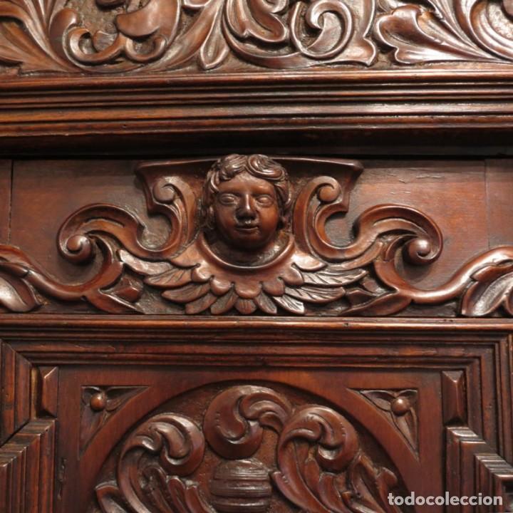 Antigüedades: Antiguo Armario Barroco Tallado. 1750 - 1780 - Foto 16 - 169752576