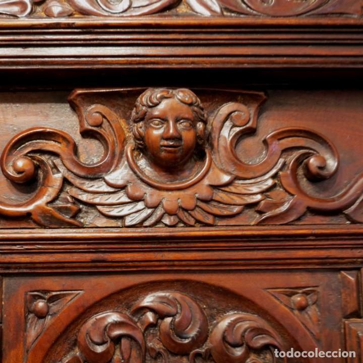 Antigüedades: Antiguo Armario Barroco Tallado. 1750 - 1780 - Foto 17 - 169752576