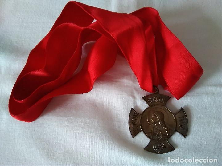 26-MEDALLA APOSTOLADO DE LA ORACION, CRUZADA EUCARISTICA (Antigüedades - Religiosas - Medallas Antiguas)