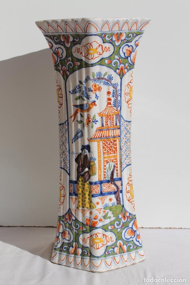 Antigüedades: PAREJA DE JARRONES DE CERAMICA DE DELFT SIGLO XVIII - Foto 2 - 169804736