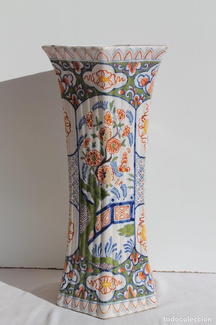 Antigüedades: PAREJA DE JARRONES DE CERAMICA DE DELFT SIGLO XVIII - Foto 3 - 169804736
