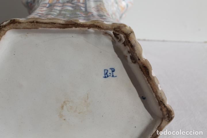 Antigüedades: PAREJA DE JARRONES DE CERAMICA DE DELFT SIGLO XVIII - Foto 5 - 169804736