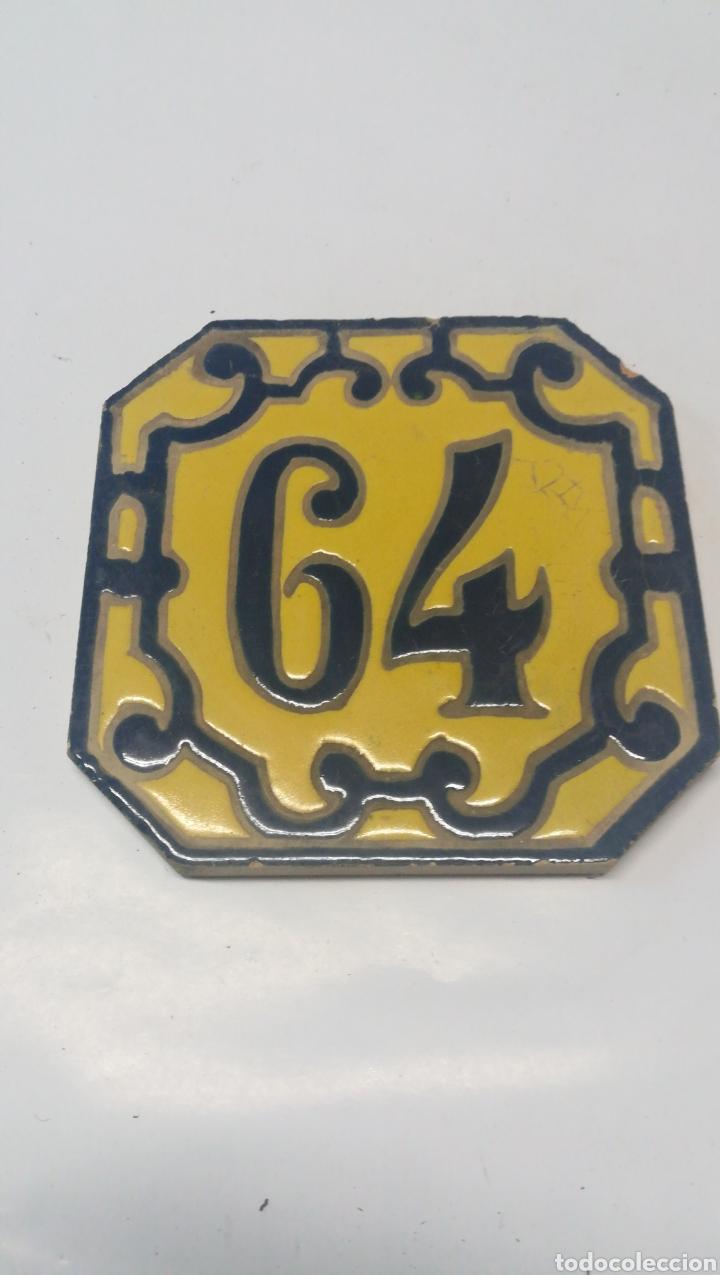 BALDOSA 64 SEVILLA (Antigüedades - Porcelanas y Cerámicas - Otras)