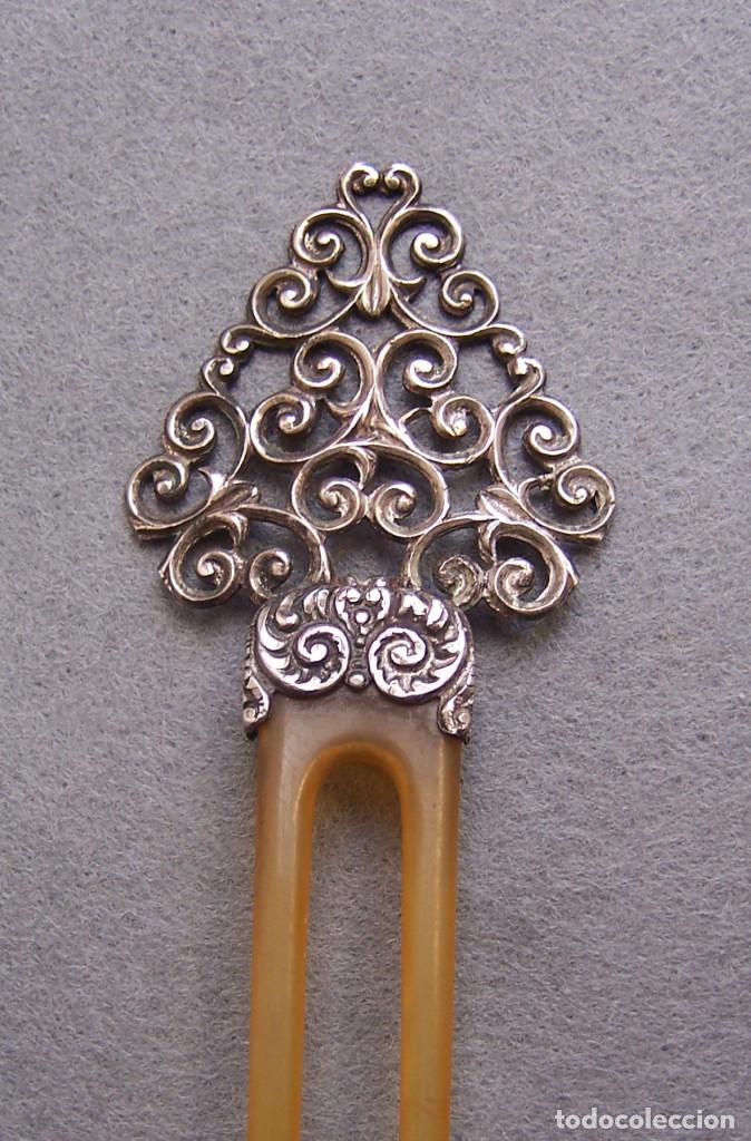 Antigüedades: Peineta plateada antigua de finales del siglo XIX. - Foto 2 - 169936728