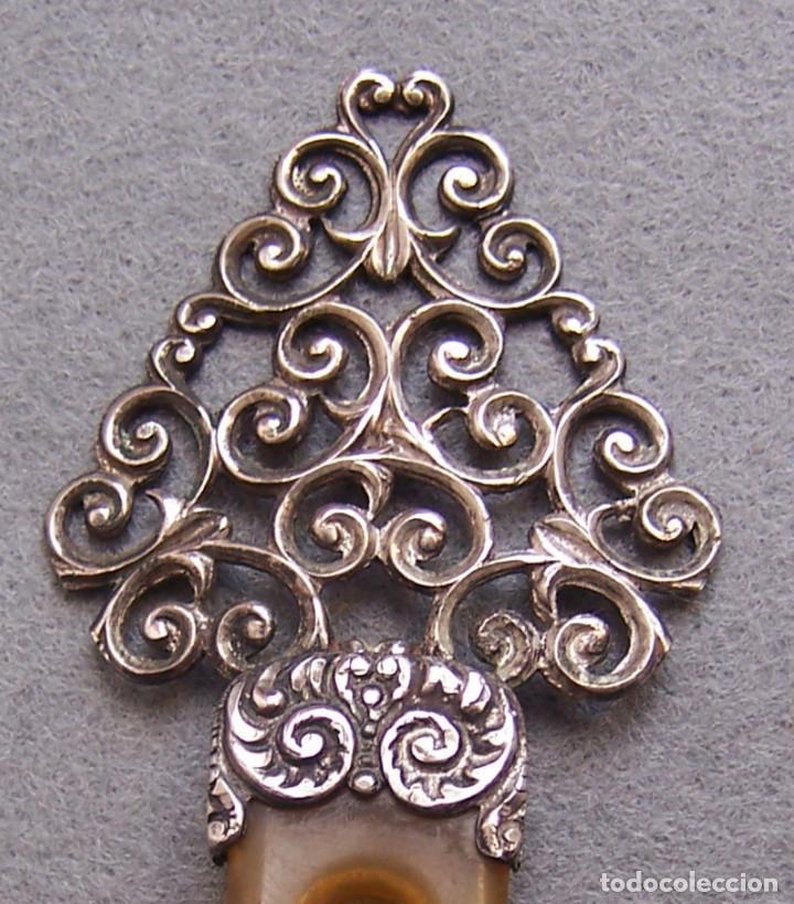 Antigüedades: Peineta plateada antigua de finales del siglo XIX. - Foto 3 - 169936728
