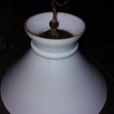 Antigüedades: ANTIGUA TULIPA LAMPARA CRISTAL OPALINA, PERFECTA.. Lote 169945780