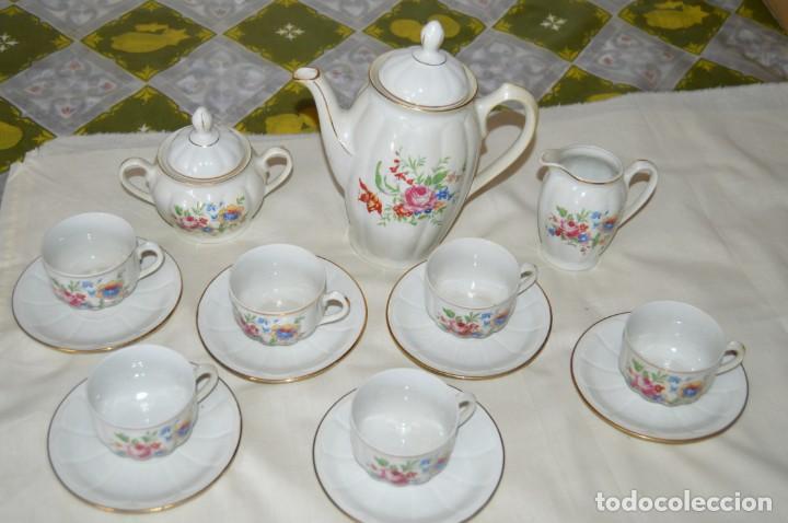 Antigüedades: VINTAGE - Como NUEVO, JUEGO CAFÉ - Porcelanas SANTA CLARA - VIGO - AÑOS 60 ¡Mira! - Foto 2 - 169969952