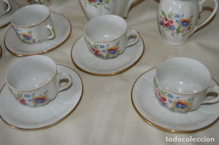 Antigüedades: VINTAGE - Como NUEVO, JUEGO CAFÉ - Porcelanas SANTA CLARA - VIGO - AÑOS 60 ¡Mira! - Foto 4 - 169969952