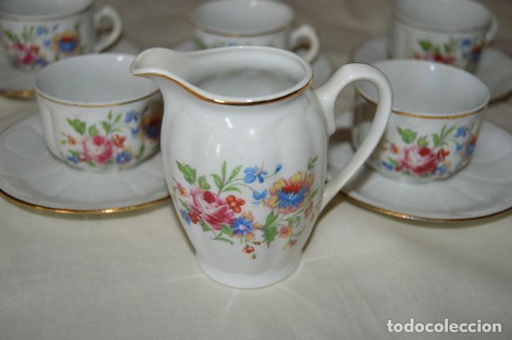 Antigüedades: VINTAGE - Como NUEVO, JUEGO CAFÉ - Porcelanas SANTA CLARA - VIGO - AÑOS 60 ¡Mira! - Foto 11 - 169969952