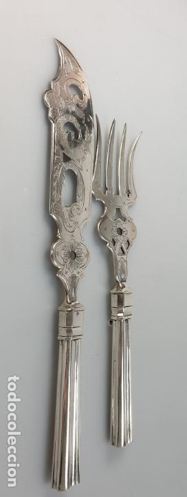 Antigüedades: CUBIERTOS DE SERVIR EN PLATA LEY MARCADO CON CONTRASTE XIX - Foto 2 - 169982016
