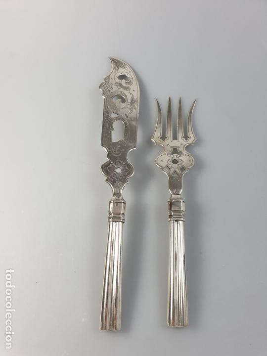 Antigüedades: CUBIERTOS DE SERVIR EN PLATA LEY MARCADO CON CONTRASTE XIX - Foto 3 - 169982016