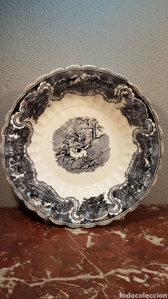 FUENTE DE LOZA DE LA FÁBRICA LA AMISTAD, CARTAGENA, FINALES DEL S. XIX (Antigüedades - Porcelanas y Cerámicas - Cartagena)