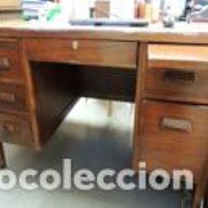 Antigüedades: MESA DE DESPACHO DE MADERA MACIZA. Lote 170006496