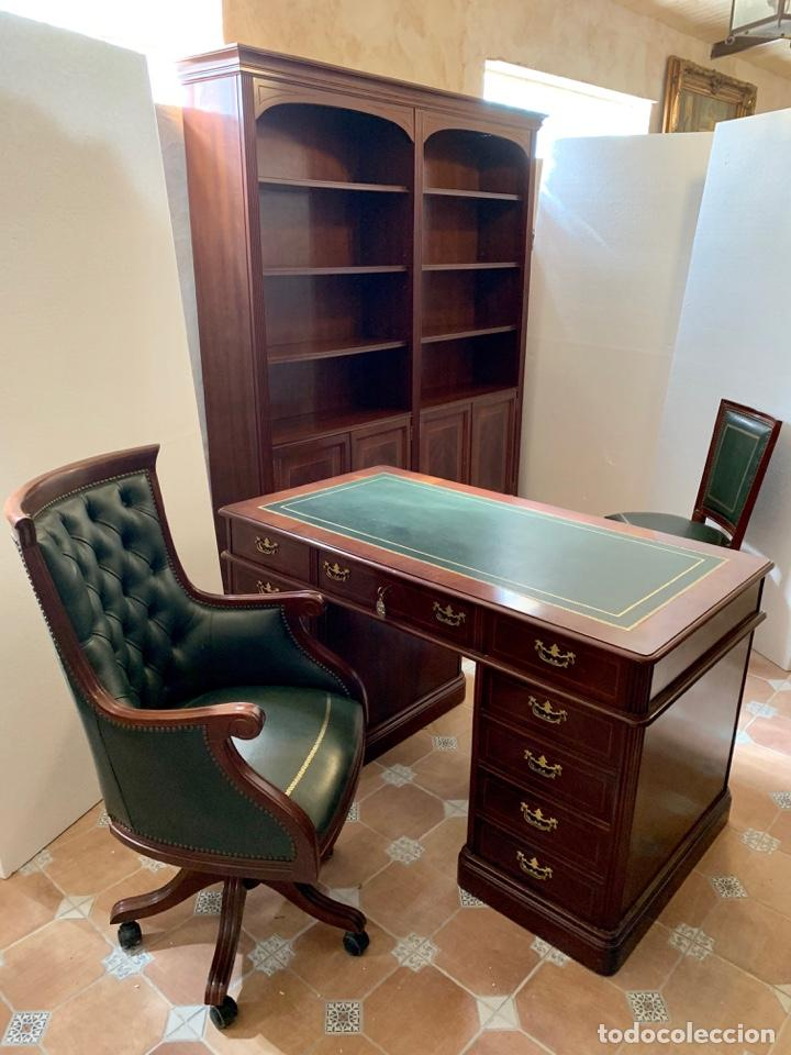 DESPACHO DE MADERA MACIZA (Antigüedades - Muebles Antiguos - Mesas de Despacho Antiguos)