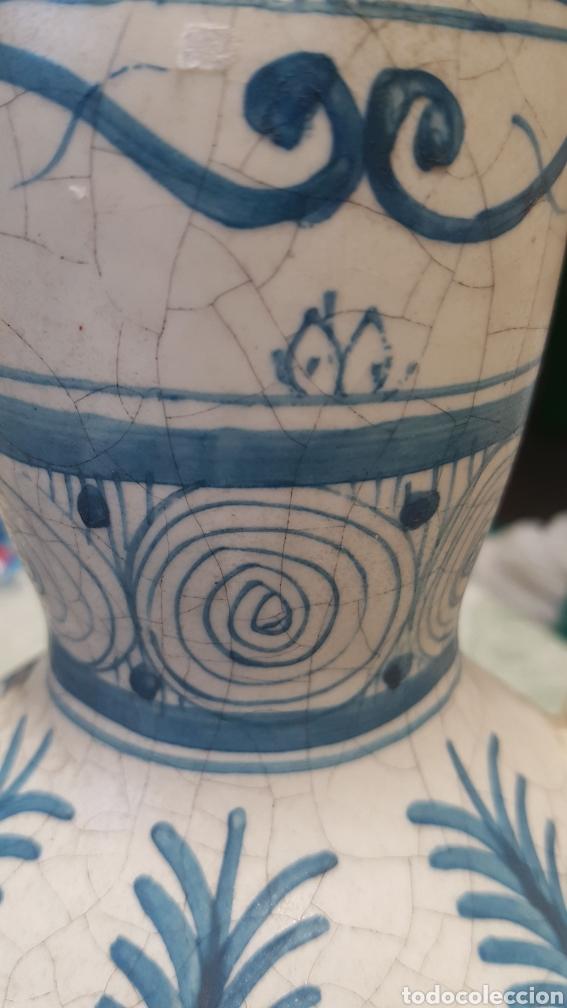 Antigüedades: Jarron aguamanil de cerámica de Manises azul. - Foto 7 - 170124338