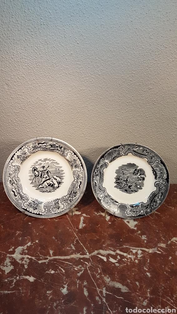LOTE DE 2 PLATOS, LA CAZA DEL CIERVO Y LA CAZA DEL LEON CERAMICA DE LA AMISTAD,CARTAGENA. SIGLO XIX (Antigüedades - Porcelanas y Cerámicas - Cartagena)