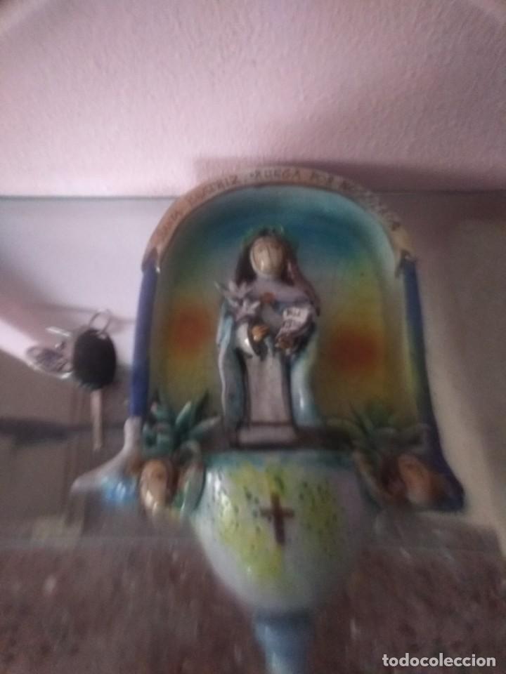 IMPRESIONANTE BENDITERA ANTIGUA (Antigüedades - Religiosas - Benditeras)