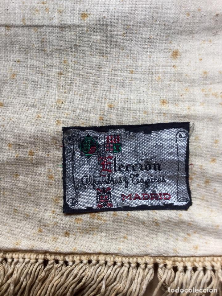 Antigüedades: Repostero tapiz de Bilbao de Tapices Elección (77x68cm) - Foto 5 - 170140456