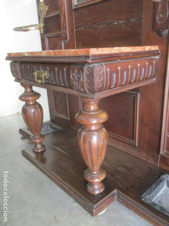 Antigüedades: Antiguo Mueble Recibidor Alfonsino - Paragüero de Nogal - Espejo - Perchas y Decoraciones en Bronce - Foto 3 - 180452223