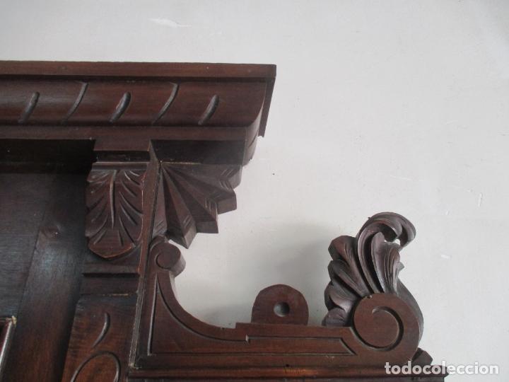 Antigüedades: Antiguo Mueble Recibidor Alfonsino - Paragüero de Nogal - Espejo - Perchas y Decoraciones en Bronce - Foto 19 - 180452223
