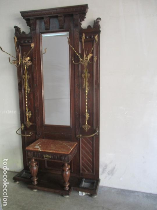 Antigüedades: Antiguo Mueble Recibidor Alfonsino - Paragüero de Nogal - Espejo - Perchas y Decoraciones en Bronce - Foto 24 - 180452223