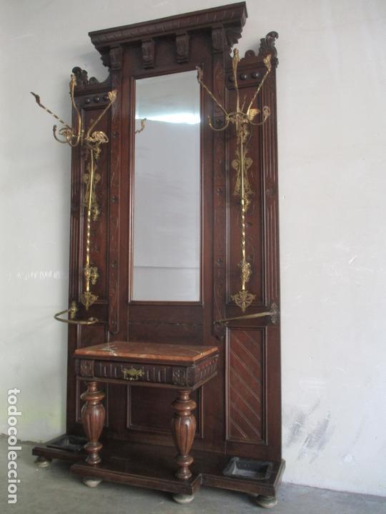 Antigüedades: Antiguo Mueble Recibidor Alfonsino - Paragüero de Nogal - Espejo - Perchas y Decoraciones en Bronce - Foto 25 - 180452223