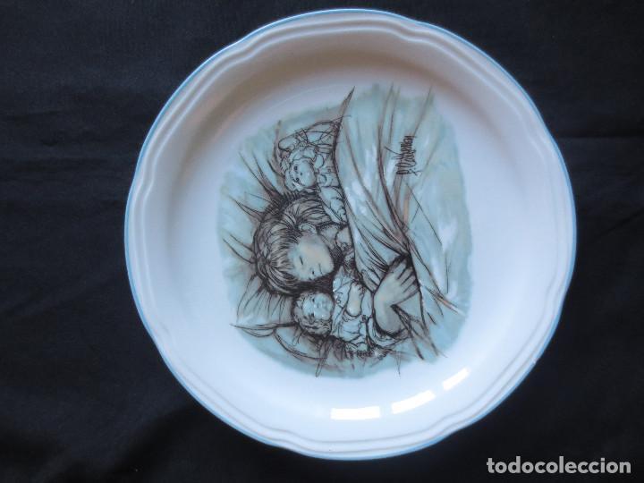 Antigüedades: PLATOS DE PORCELANA REALIZADOS POR FERNANDO CALDERON Y ANA MUÑOZ - Foto 3 - 170152168