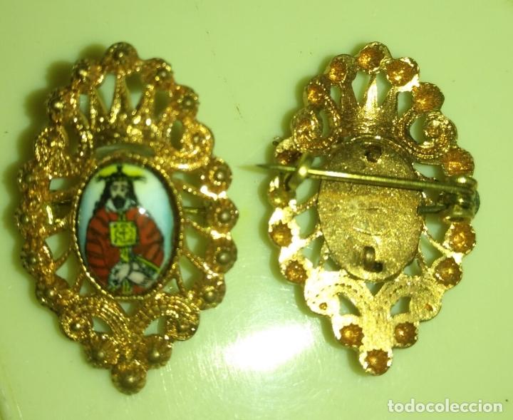 Antigüedades: CRISTO NAZARENO medalla esmalte original no impreso, esmaltado cierre joyeria años 50s nunca usado - Foto 2 - 170183656