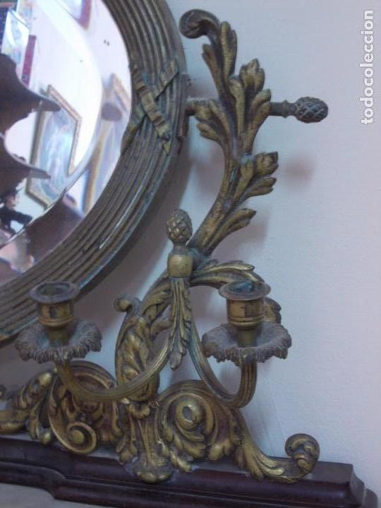 Antigüedades: PRECIOSO Y ANTIGUO TOCADOR DE MADERA DE CAOBA CON ESPEJO EN BRONCE Y TAPA DE MARMOL - Foto 6 - 170212312