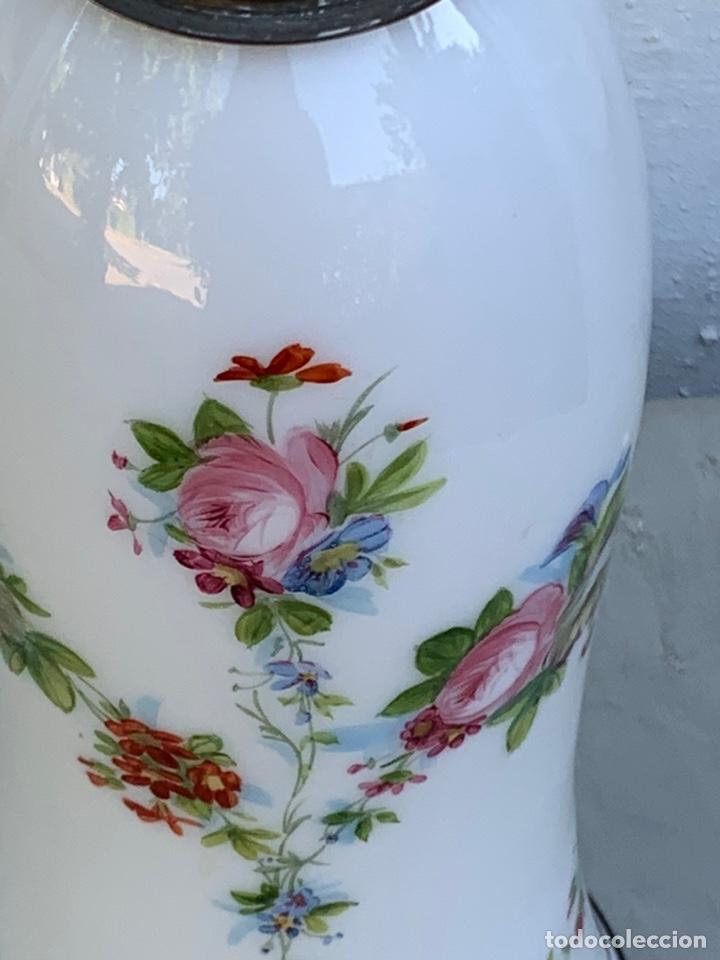 Antigüedades: Tulipa de quinqué Cristal opalina - Foto 2 - 170222684