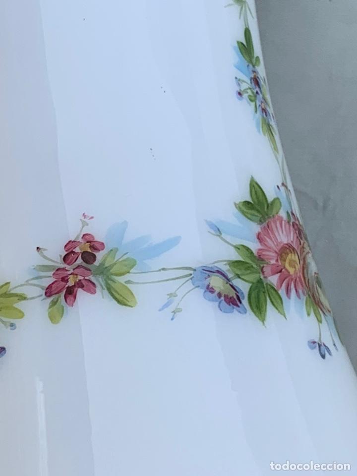 Antigüedades: Tulipa de quinqué Cristal opalina - Foto 7 - 170222684