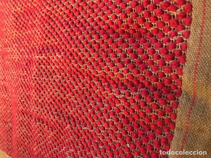 Antigüedades: antigua alfombra anudada a mano con lana larga 130x69 cm pcos s 20 excelente granate - Foto 13 - 170232384