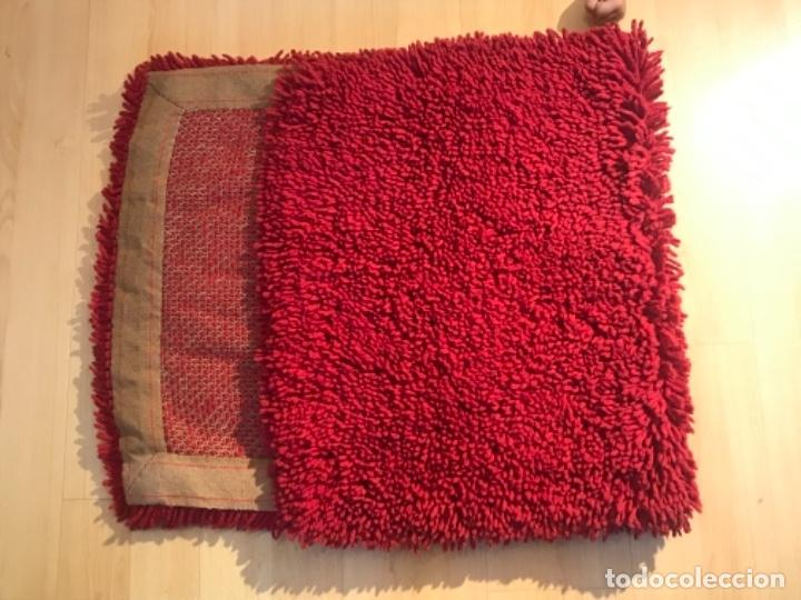 Antigüedades: antigua alfombra anudada a mano con lana larga 130x69 cm pcos s 20 excelente granate - Foto 21 - 170232384