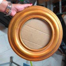 Antigüedades: MARCO DE MADERA Y DORADO MEDIDA 31 CM E INTERIOR 18 CM. Lote 170257892