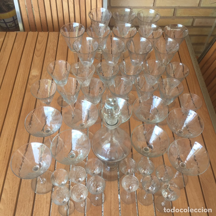 Antigüedades: Cristalería Antigua 47 copas + botella y jarra en cristal fino tallado - Foto 15 - 170263518