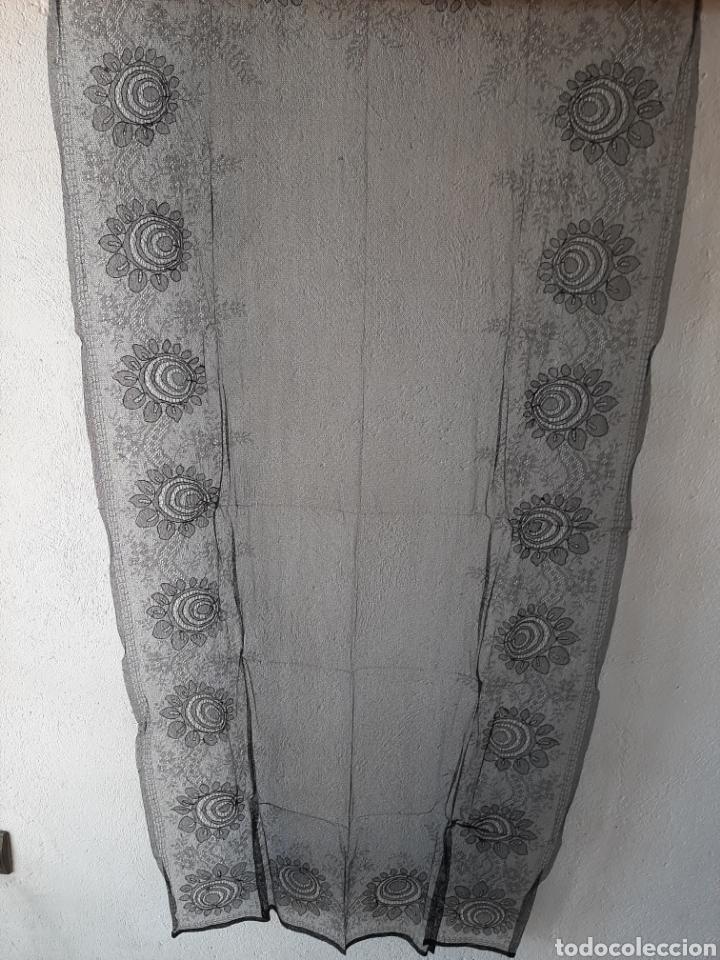 ANTIGUA MANTILLA/MANTELLINA NEGRA (Antigüedades - Moda - Mantillas)