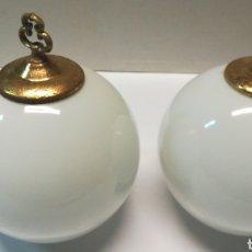Antigüedades: PAREJA DE TULIPAS. Lote 170365670
