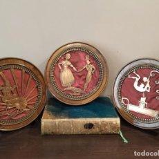 Antigüedades: LOTE TRES CUADROS ANTIGUOS IMÁGENES DE RECORTABLES ??. Lote 170428396