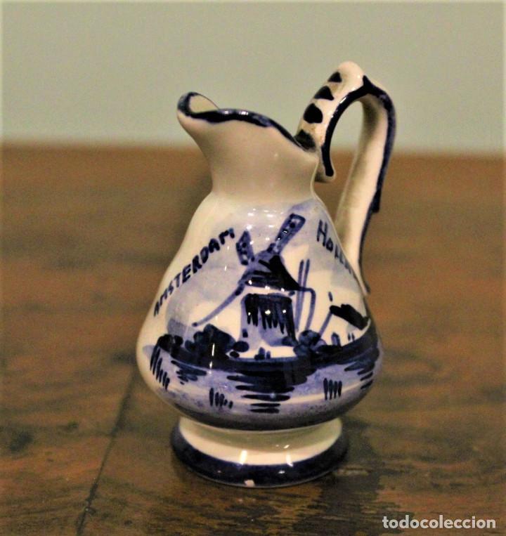 JARRITA DE CERÁMICA HOLANDESA,DELFT BLUE,PINTADA A MANO. (Antigüedades - Porcelana y Cerámica - Holandesa - Delft)