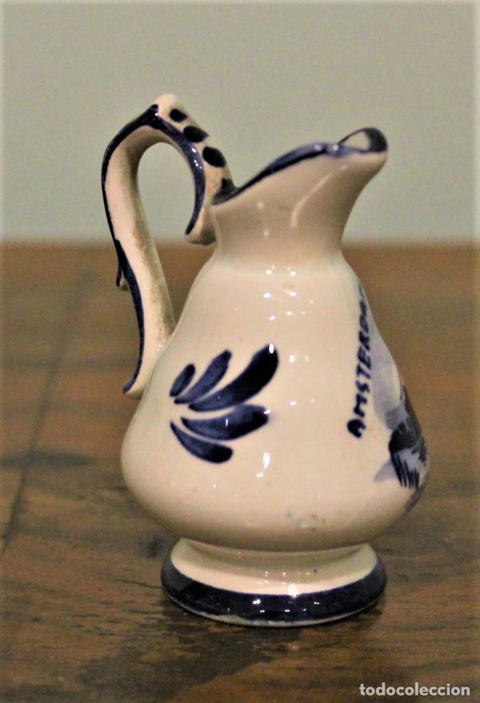 Antigüedades: Jarrita de cerámica holandesa,Delft blue,pintada a mano. - Foto 2 - 170431228