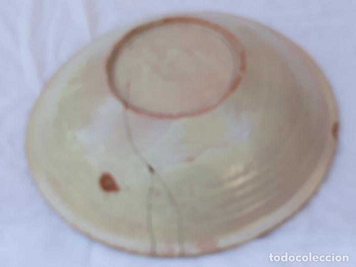 Antigüedades: CUENCO GRANDE ANTIGUO EN CERAMICA PINTADA Y VIDRIADA DE PUENTE DEL ARZOBISPO ( TOLEDO ) - Foto 6 - 170433732
