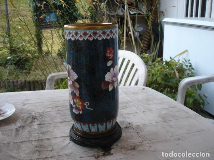 Antigüedades: precioso florero en bronce y esmalte cloisonne gran dimension ver fotos y descripccion - Foto 4 - 170466660