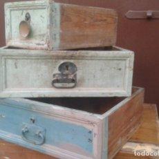 Antigüedades: ANTIGUOS CAJONES DE MESA INDUSTRIAL. Lote 170576515